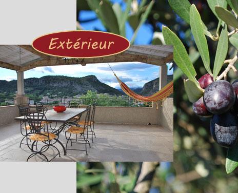 Location Gite Anduze Dans Les Cevennes Avec Piscine